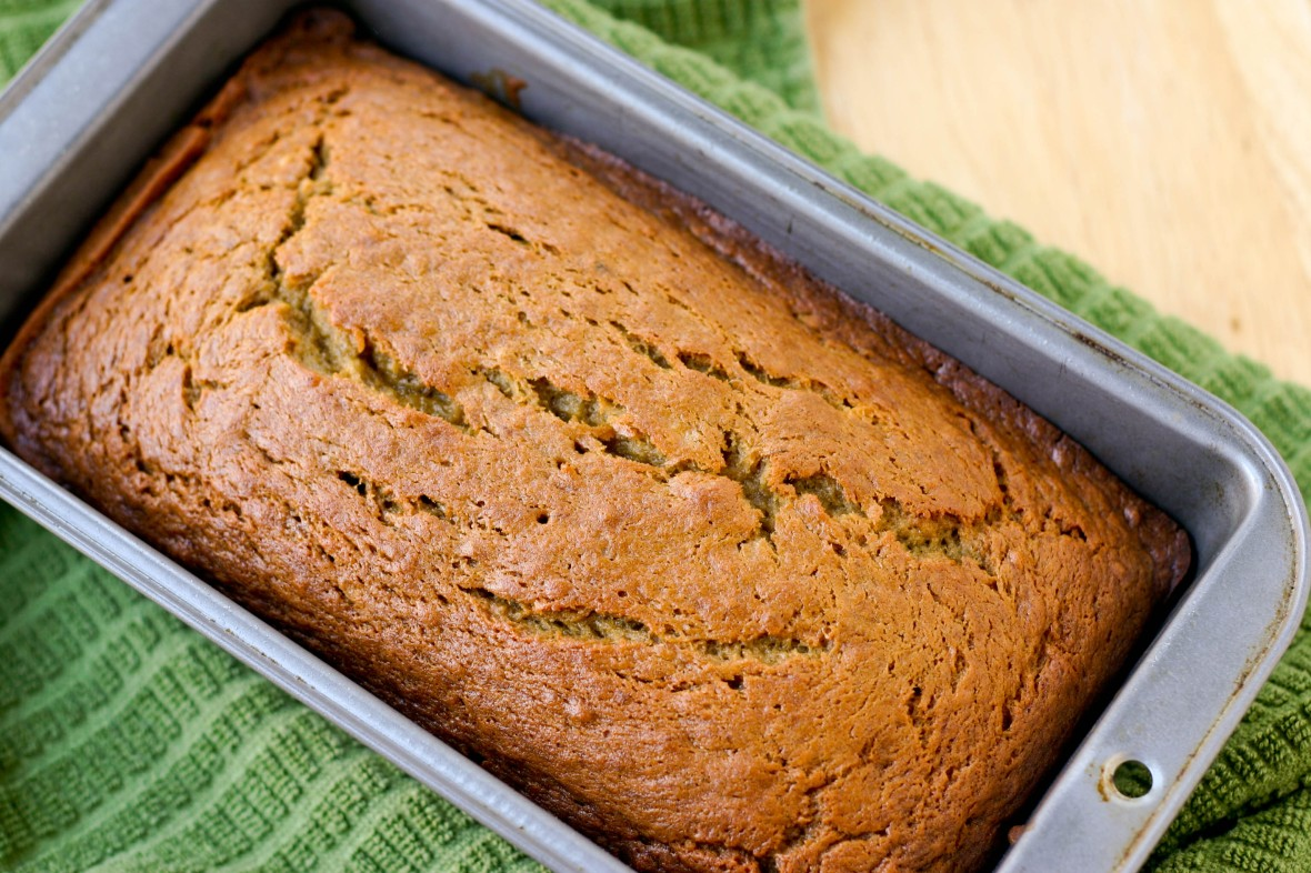 Banana bread with rum