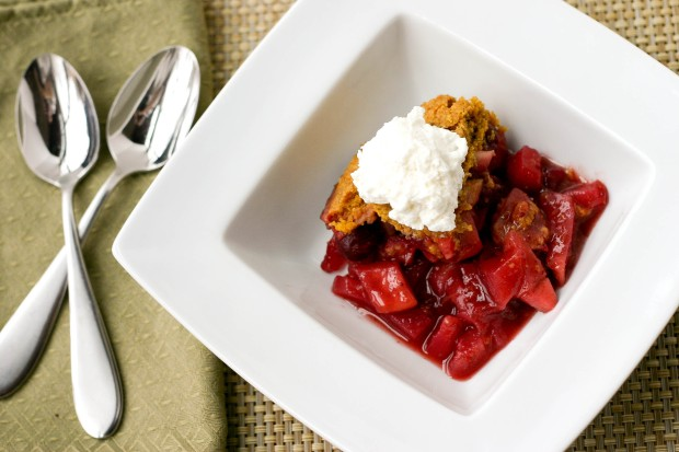 Spiced Pear & Cranberry Cobbler