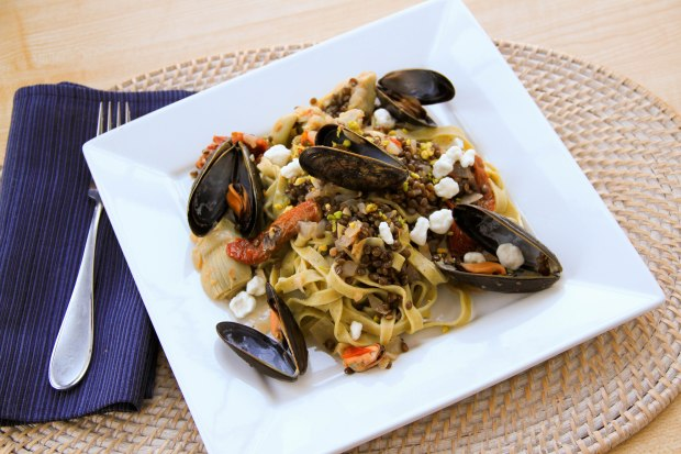 Pistachio Pasta with Mussels