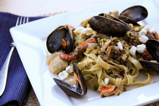 beluga lentil and artichoke pasta