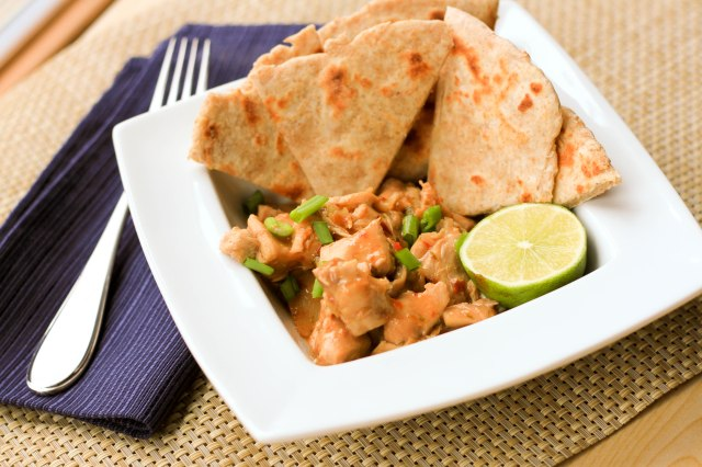 Slow Cooker Spicy Peanut Chicken