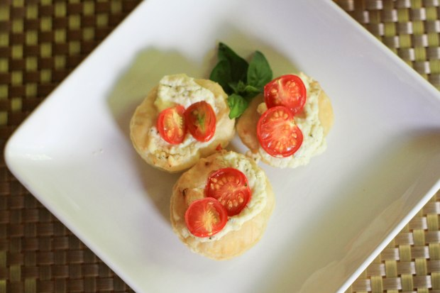 puff pastry tomato tartlets