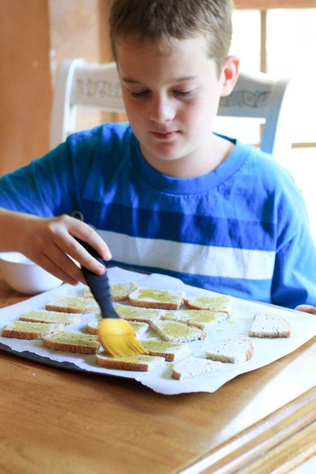 making crostini